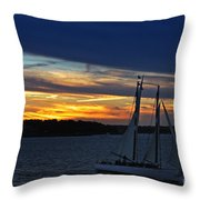 Statue Of Liberty At Sunset Throw Pillow by Nishanth Gopinathan