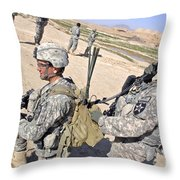 U.s. Army Soldiers Call In An Update Throw Pillow by Stocktrek Images