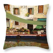 il mercato galleggiante a Venezia Throw Pillow by Guido Borelli