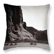 Navajos: Canyon De Chelly, 1904 Throw Pillow by Granger