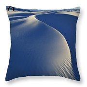 White Sands National Park, New Mexico Throw Pillow by Dawn Kish