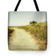 Beach trail Tote Bag by Les Cunliffe