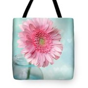 Daisy Love Tote Bag by Amy Tyler