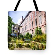 Glencoe-auburn Hotel In Cincinnati Picture Tote Bag by Paul Velgos