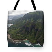 Kee Beach Along The Na Pali Coast - Kauai Hawaii Tote Bag by Brian Harig