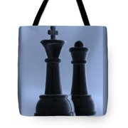 King And Queen In Cyan Tote Bag by Rob Hans
