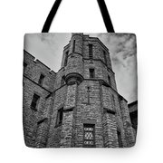 Museum At The Castle  8301 Tote Bag by Guy Whiteley