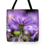 Soft Lilac Tote Bag by Leif Sohlman