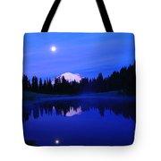 Tipsoe Lake In The Morn Tote Bag by Jeff  Swan