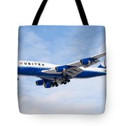 United Airlines Boeing 747 Airplane Landing Tote Bag by Paul Velgos