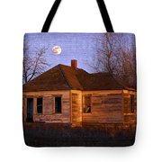 Abandoned Farm House Tote Bag by Richard Wear