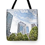 Chicago Skyline At Millenium Park Tote Bag by Paul Velgos