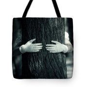 hug Tote Bag by Joana Kruse