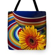 Orange Daisy With Plate And Vase Tote Bag by Garry Gay