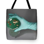 World Inside A Petri Dish Tote Bag by Photo Researchers