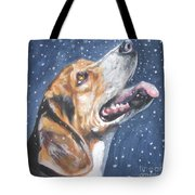 Beagle in snow Tote Bag by L AShepard