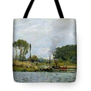 Boats At The Lock At Bougival Tote Bag by Alfred Sisley