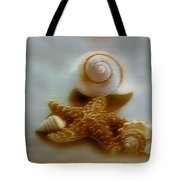 Star And Shells Tote Bag by Linda Sannuti