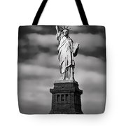 Statue Of Liberty At Dusk Tote Bag by Daniel Hagerman