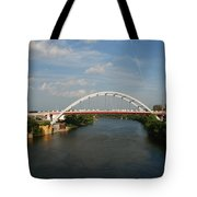 The Cumberland River In Nashville Tote Bag by Susanne Van Hulst