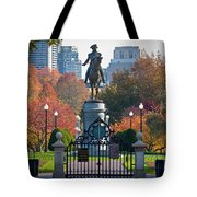 Washington Statue In Autumn Tote Bag by Susan Cole Kelly