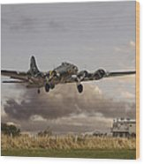 B17- 'airborne' Wood Print by Pat Speirs