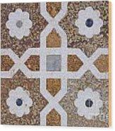 Geometric Designs On The Baby Taj Agra Wood Print by Robert Preston