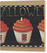 Halloween Cupcakes Wood Print by Catherine Holman