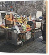 New York Street Vendor Wood Print by Frank Romeo