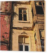 Beyoglu Old Houses 01 Wood Print by Rick Piper Photography