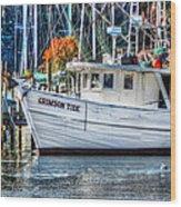 Crimson Tide In Harbor Wood Print by Michael Thomas