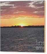 July 4th Sunset Wood Print by John Telfer