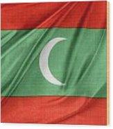 Maldives Flag Wood Print by Les Cunliffe