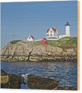 Nubble In The Day 16x20 Wood Print by Geoffrey Bolte