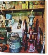Old-fashioned Coffee Grinder Wood Print by Susan Savad