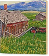 Old Homestead Near Townsend Montana Wood Print by Michael Pickett