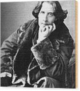 Oscar Wilde In His Favourite Coat 1882 Wood Print by Napoleon Sarony