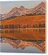 Panoramic Of Little Redfish Lake Wood Print by Robert Bales