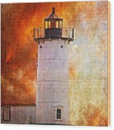 Red Sky At Morning - Nubble Lighthouse Wood Print by Lois Bryan
