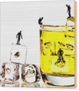 The Diving Little People On Food Wood Print by Paul Ge