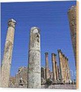 The Temple Of Artemis At Jerash Jordan Wood Print by Robert Preston