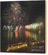 Thunder Over Louisville - D008432 Wood Print by Daniel Dempster