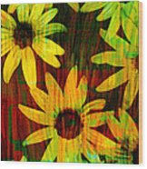 Yellow And Green Daisy Design Wood Print by Ann Powell