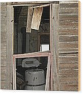 Yesterdays Laundry Wood Print by Jeff Swan