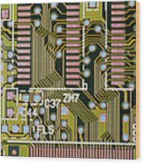 Macrophotograph Of A Circuit Board Wood Print by Dr Jeremy Burgess