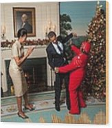 President And Michelle Obama Greet Wood Print by Everett