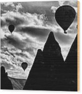 Ballons - 2 Wood Print by Okan YILMAZ