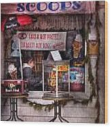 Cafe - Clinton Nj - The Luncheonette  Wood Print by Mike Savad