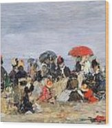 Figures On A Beach Wood Print by Eugene Louis Boudin