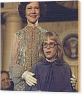 First Lady Rosalynn Carter And 10 Year Wood Print by Everett
